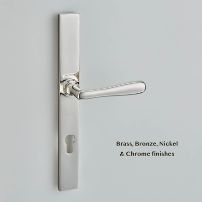 Elegance Multipoint Lever on Classic Backplate