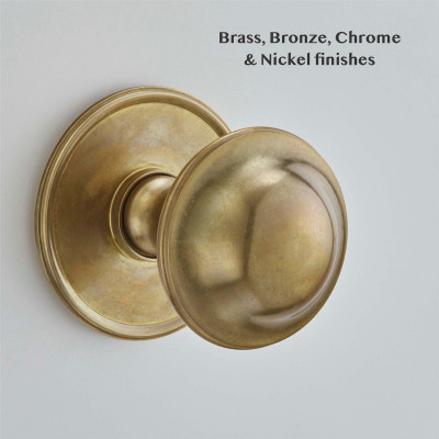 Plain Round Centre Pull Aged Brass